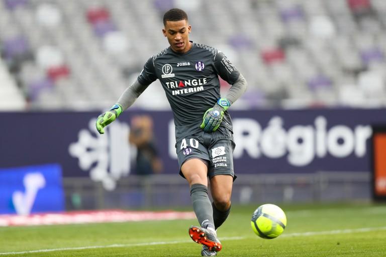 Alban Lafont, gardien de but de la Fiorentina prêté au FC Nantes.