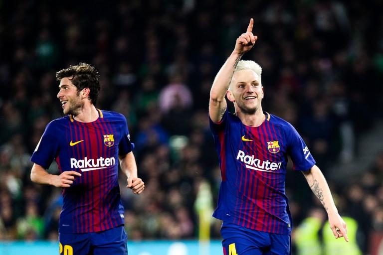 Ivan Rakitic devra patienter avant d'obtenir une prolongation de contrat avec le Barça.