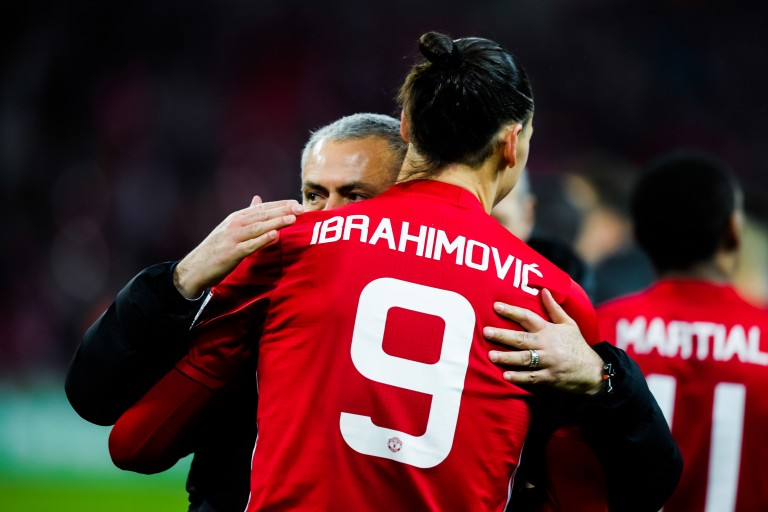 Mourinho ferme la porte à Zlatan à Tottenham.