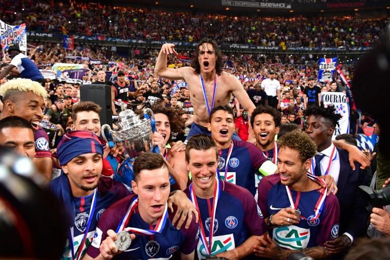 La joie des joueurs du PSG après leur succès en finale de Coupe de France, mardi soir au Stade de France.