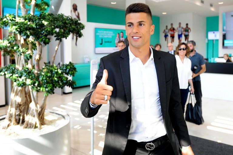 Joao Cancelo s'est engagé ce mercredi avec la Juventus Turin.