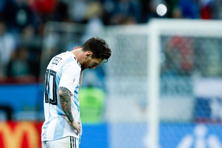Lionel Messi au sommet avec le Barça, mais sans titre avec l' Argentine