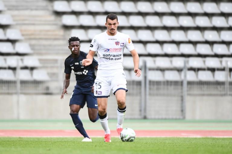 Ludovic Ajorque recruté par le RC Strasbourg à Clermont Foot.