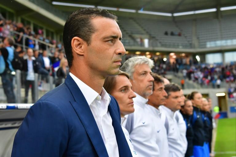 Olivier Echouafni pressenti sur le banc des féminines du PSG.