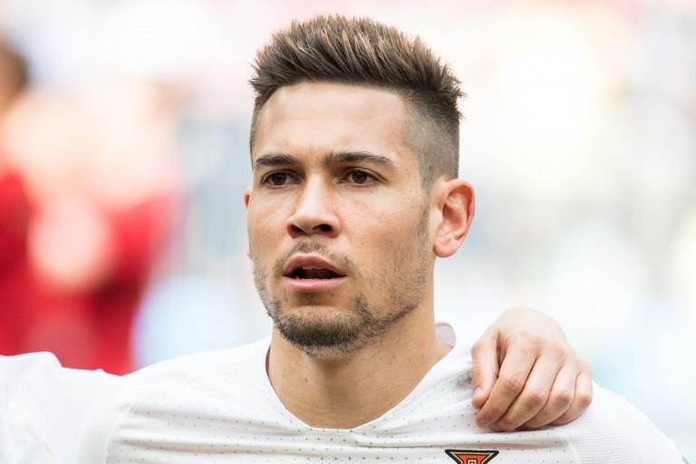 Raphaël Guerreiro, latéral gauche du Borussia Dortmund, annoncé dans le viseur du PSG.