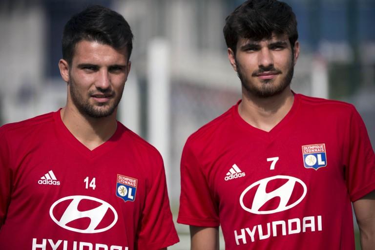 Léo Dubois et Martin Terrier, recrues de l'hiver de l' OL ont rejoint le club cet été.