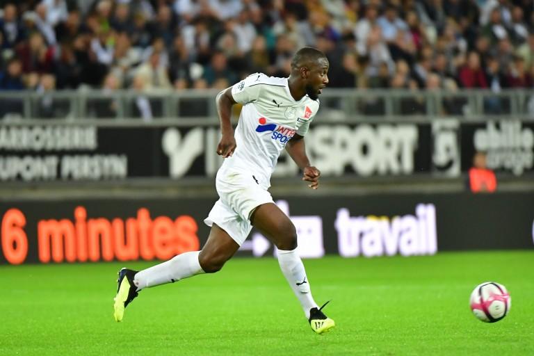 Guessouma Fofana, milieu de terrain recruté par Guingamp à Amiens.