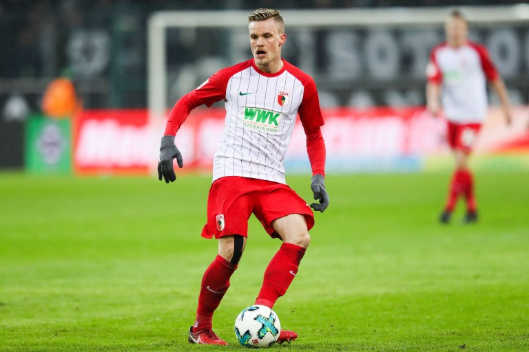 Philipp Max n'a pas reçu d'offres du PSG cet été.