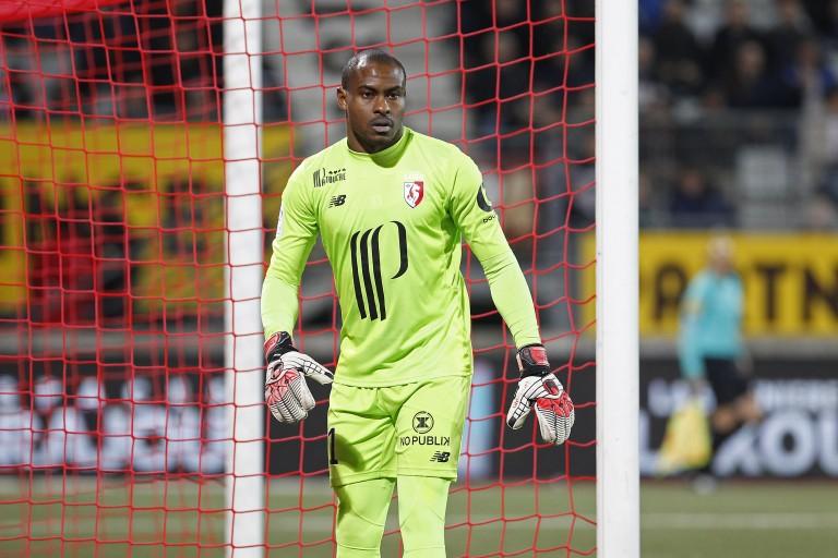 Vincent Enyeama, ex gardien de but du LOSC recalé par le Dijon FCO.