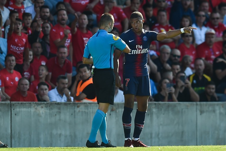 PSG : Kylian Mbappé 3 matchs ferme