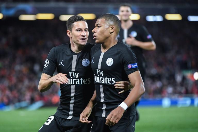 Kylian Mbappé et Julian Draxler sous les couleurs du PSG.