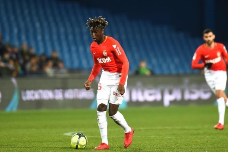 Kevin N'Doram blessé au genou à l'entraînement de l'AS Monaco.