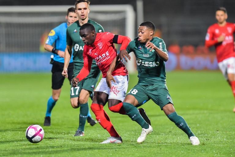 L' ASSE sortie par Nîmes en Coupe de al Ligue.