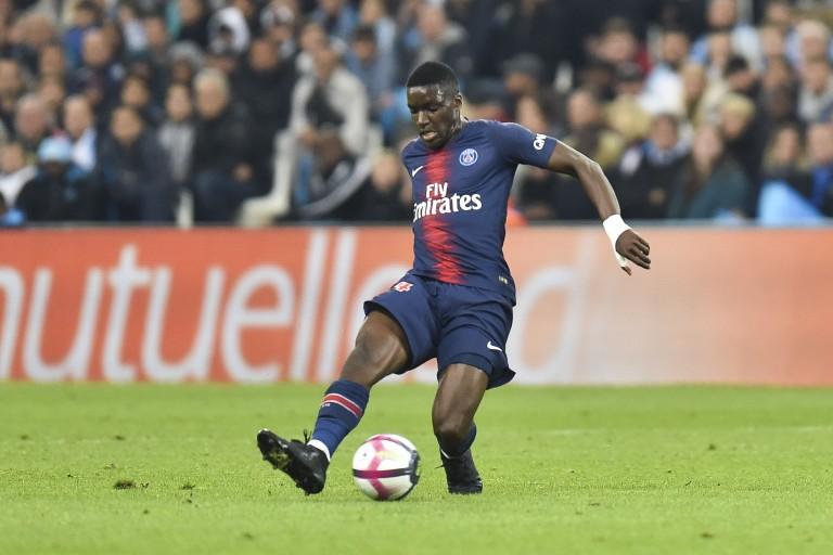 Le PSG a refusé une offre de Newcastle pour Stanley Nsoki.