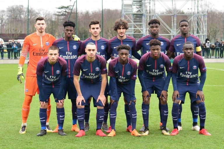 L'équipe des U19 du PSG.