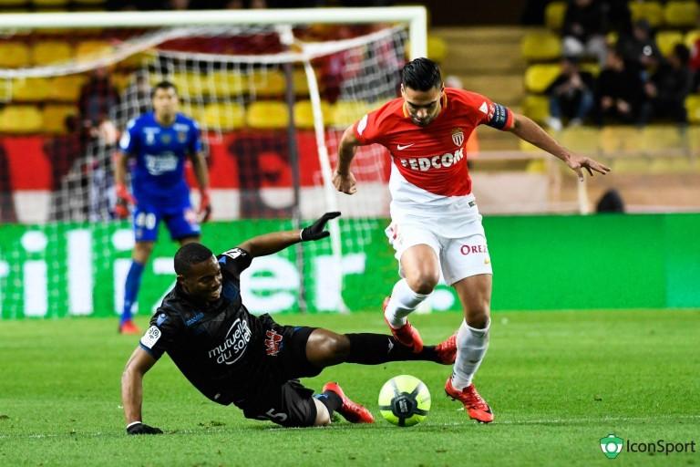 L' AS Monaco a déniché le remplaçant de Falcao au Milan AC