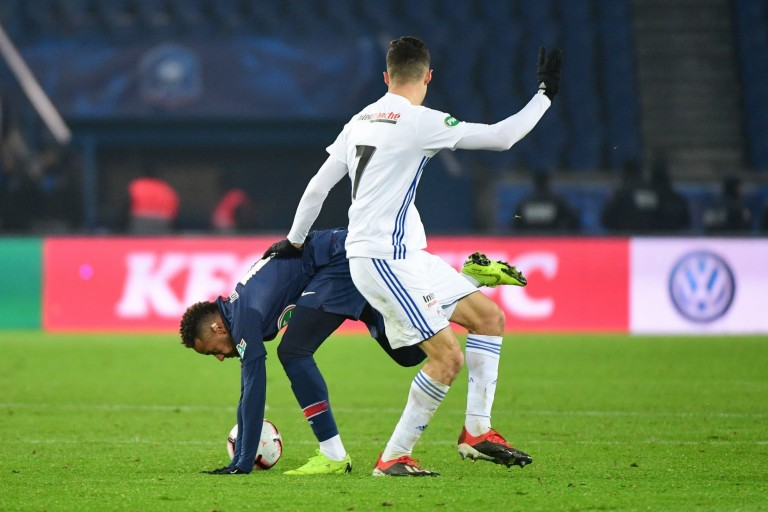 Neymar s'est blessé mercredi soir face à Strasbourg.