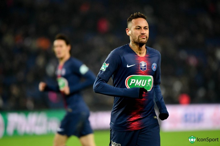 Neymar pourrait manquer le déplacement à Manchester.