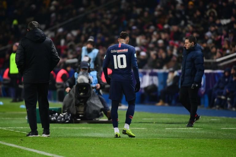 Neymar s'est blessé contre le RC Strasbourg en Coupe de France.