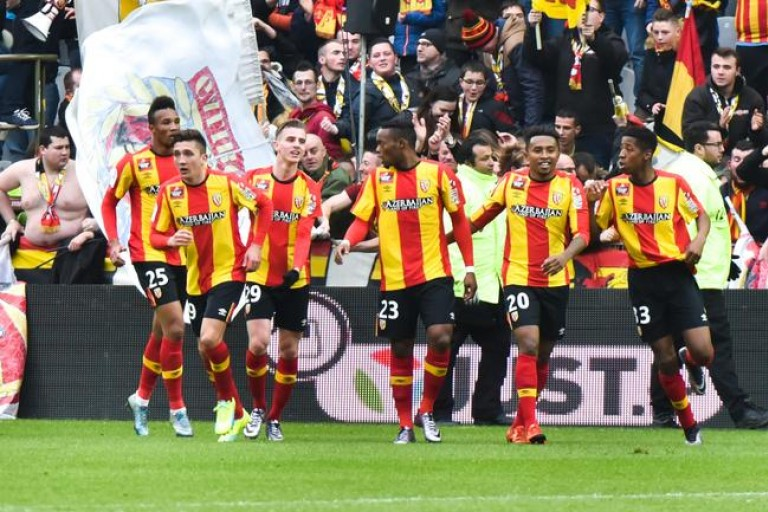 Le RC Lens a pris les commandes de la Ligue 2