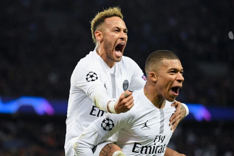 Neymar voit le PSG aller au bout en Ligue des Champions.