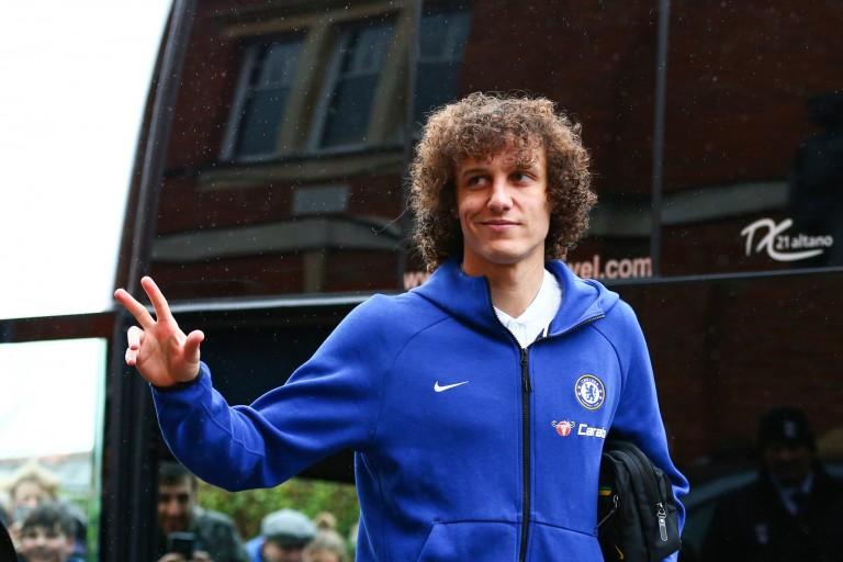David Luiz quitte Chelsea pour Arsenal.