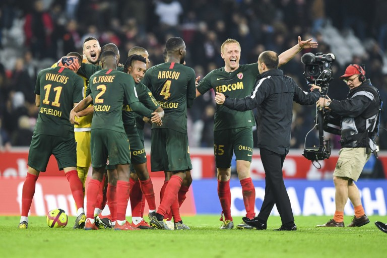 L' AS Monaco et l' OGC Nice visent Cafaro, joueur de Reims