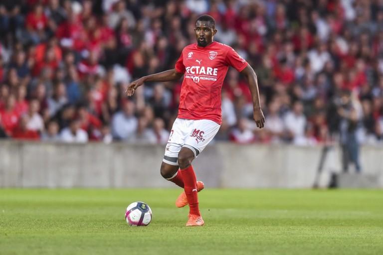 Moustapha Diallo a résilié son contrat avec Nîmes Olympique.