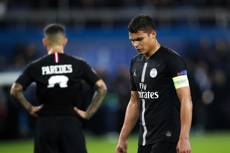 Thiago Silva et le PSG éliminés des 8es de finale de Ligue des Champions par Man United.