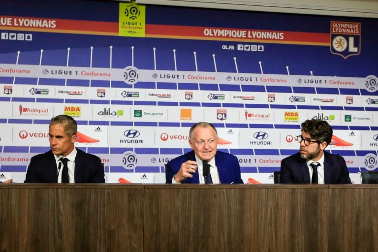 Jean-Michel Aulas et Sylvinho ont rendu hommage à Nabil Fekir parti de l' OL.