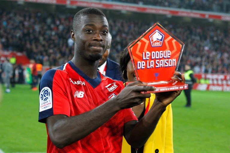 Nicolas Pépé s'éloigne du PSG.