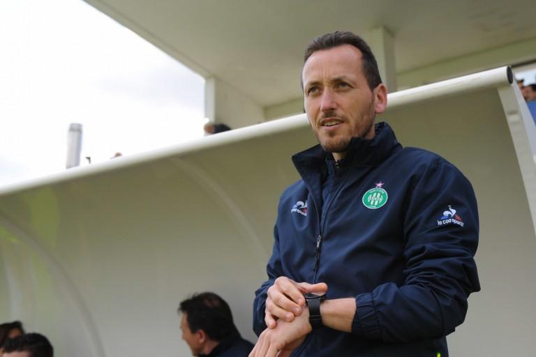 Jérôme Bonnet, le coach de l'équipe féminine de l' ASSE reçoit un renfort.
