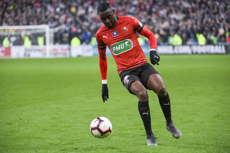 Mathieu Debuchy et James Lea Siliki sortis sur blessure lors de Stade Rennais FC-ASSE