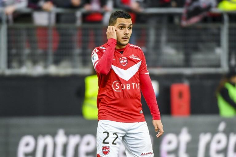 Tony Mauricio, milieu de terrain de Valenciennes, veut rejoindre le RC Lens.