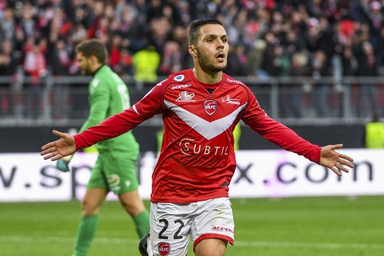 Tony Mauricio, milieu offensif de Valenciennes, ciblé par le RC Lens.