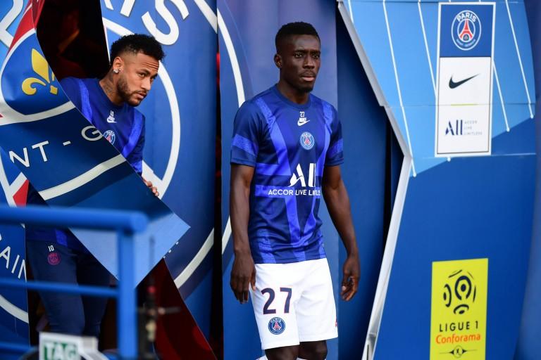 PSG : Idrissa Gueye est blessé et indisponible durant 10 jours.