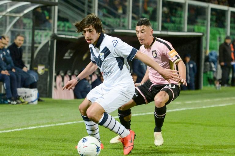 Sandro Tonali ciblé par le PSG.