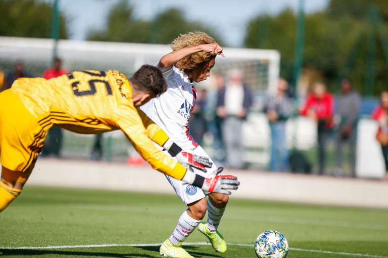 Xavi Simons et les jeunes du PSG ont été battus par ceux du Real Madrid.