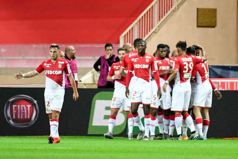 Monaco et Marseille jouent des coudes pour le recrutement du défenseur Strahinja Pavlovic