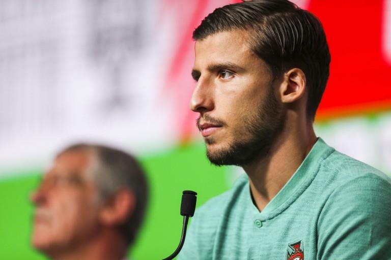 Ruben Dias (Benfica) confirme l'intérêt de l' OL.