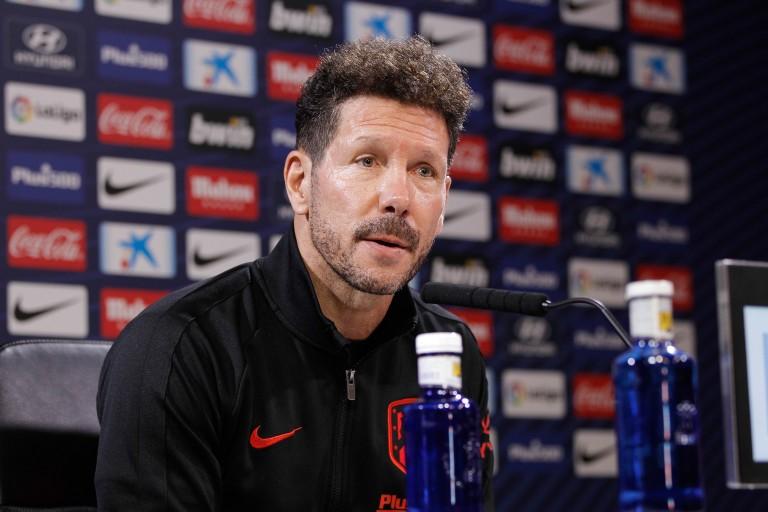 Pas de départ de Diego Simeone du banc de l' Atletico Madrid