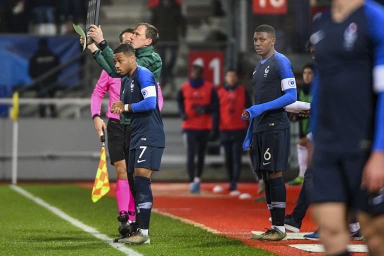 Arnaud Nordin et Zaydou Youssouf, les deux joueurs de l' ASSE chez les Espoirs de France.