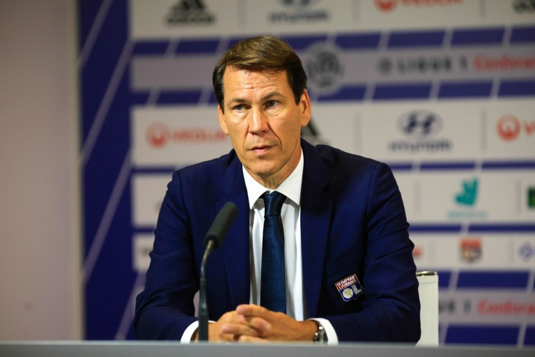 Rudi Garcia attend un défenseur