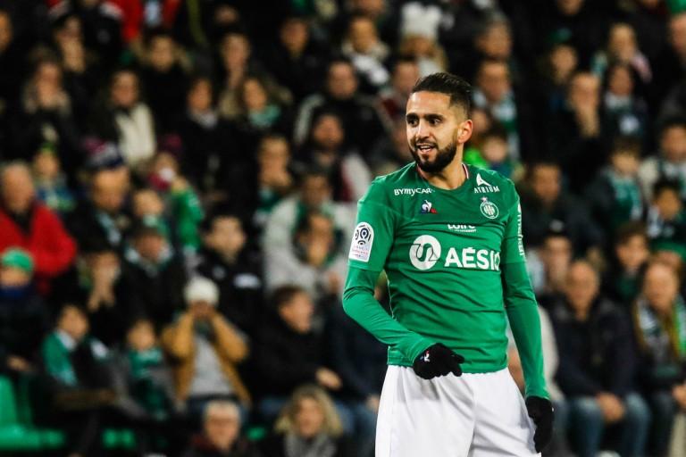 Ryad Boudebouz, milieu offensif de l' ASSE.