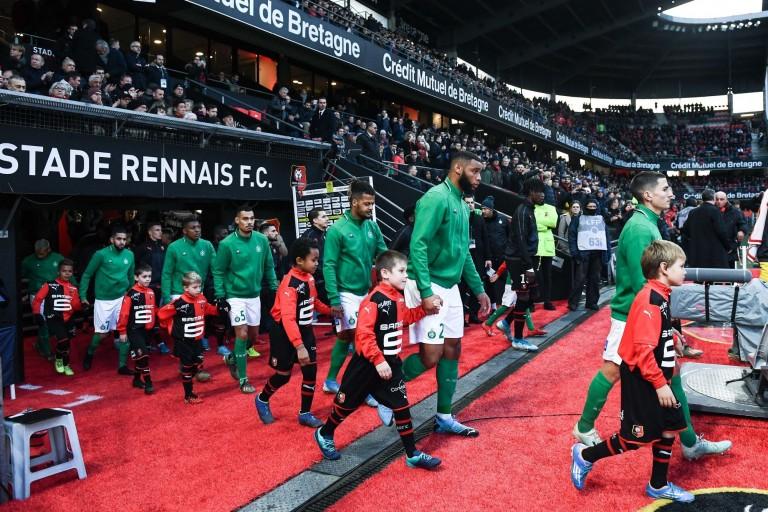 Un groupe de 20 joueurs de l' ASSE retenus pour le voyage à Wolfsburg.