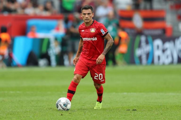 Charles Aranguiz prêt à rejoindre le PSG l'été prochain.
