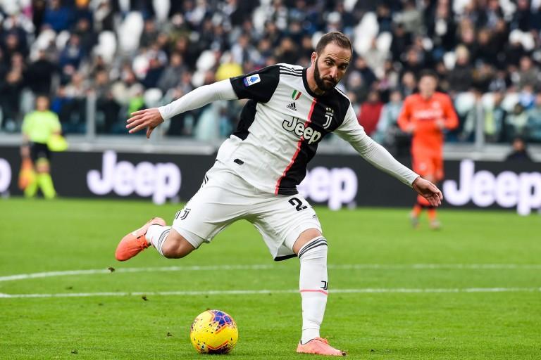 Gonzalo Higuain quitte la Juventus de Turin