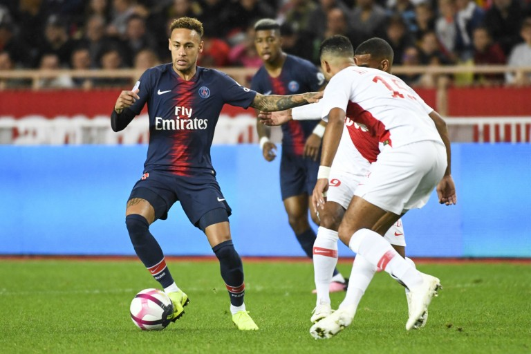 As Monaco - PSG se jouera finalement le 15 janvier 2020.