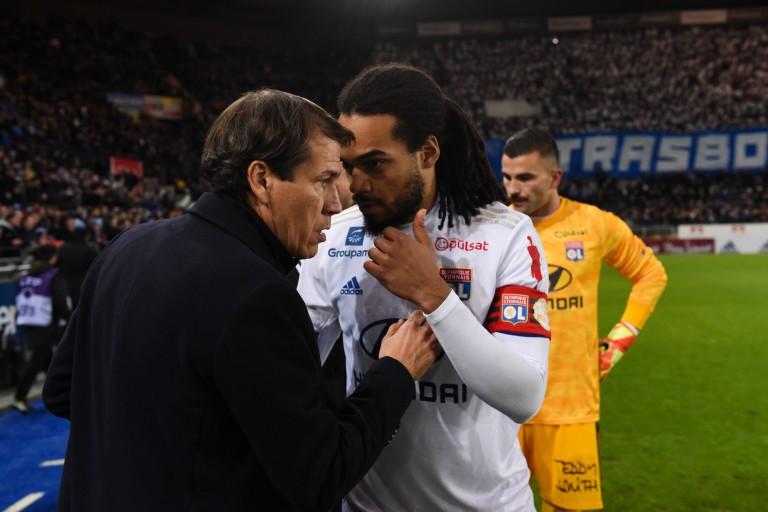 Rudi Garcia et le vice-capitaine de l' OL, Jason Denayer.