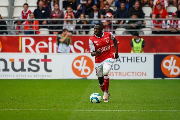 Hassane Kamara, arrive latéral gauche du Stade de Reims visé par l' OL.